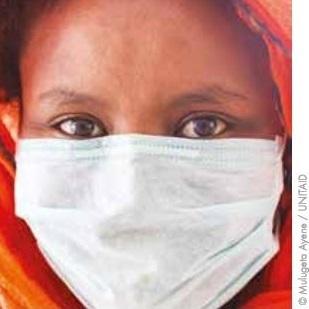 多剤耐性結核治療を受ける女性(エチオピア).JPG