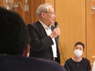 横倉名誉会長.jpg