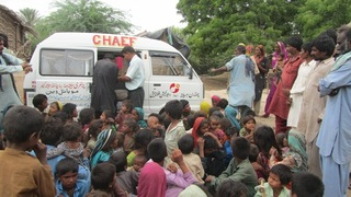 pakistan-food-supplement-distribution-2013-03.jpg